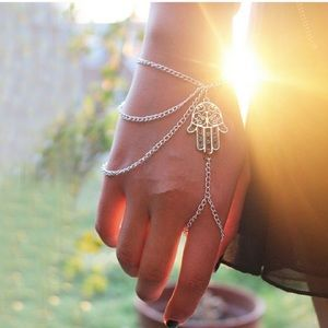 Jewelry - Vintage Style Hamsa Bracelet